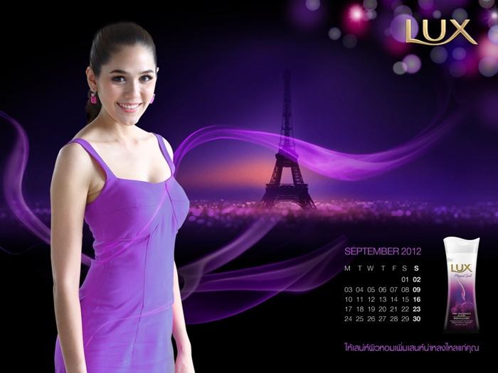lux_2012_calendar_chom-11
