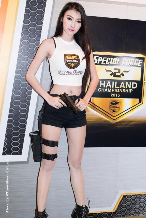 Beautiful-Thai-Girl-Mobile-Game-Show-Bangkok-2015-21