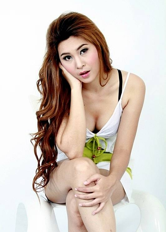 Cream-Thichacha-Thai-Sexy-Modol-003