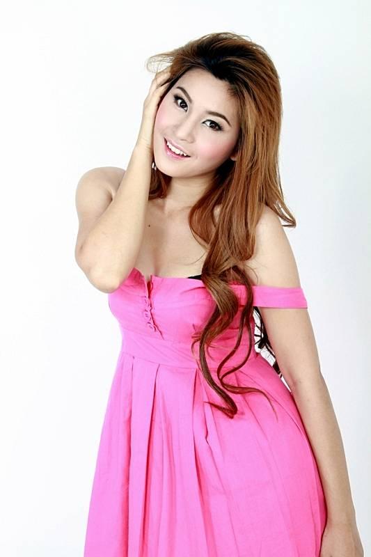 Cream-Thichacha-Thai-Sexy-Modol-018