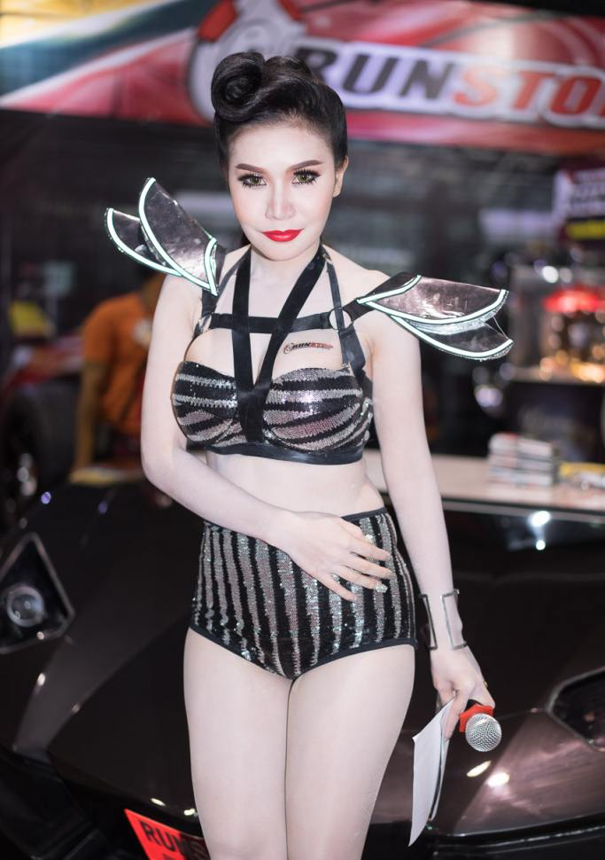Pretty-Thai-Girls-Bangkok-Car-Show-Auto-Thailand-2015-2