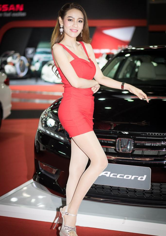 Pretty-Thai-Girls-Bangkok-Car-Show-Auto-Thailand-2015-25