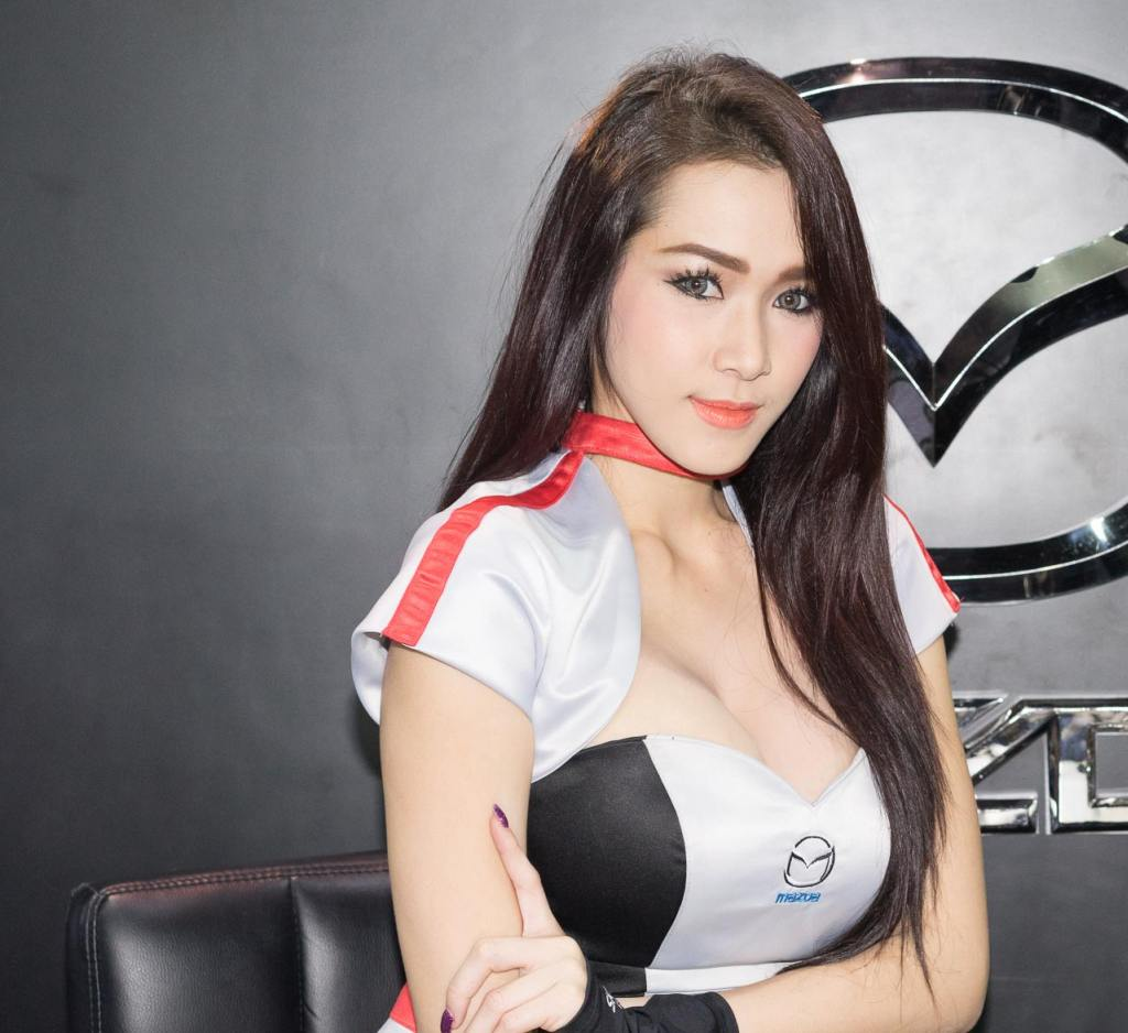 Pretty-Thai-Girls-Bangkok-Car-Show-Auto-Thailand-2015-26