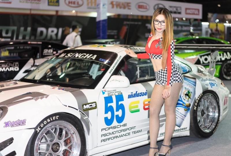 Pretty-Thai-Girls-Bangkok-Car-Show-Auto-Thailand-2015-3