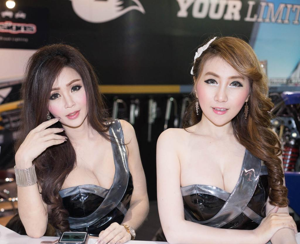 Pretty-Thai-Girls-Bangkok-Car-Show-Auto-Thailand-2015-7