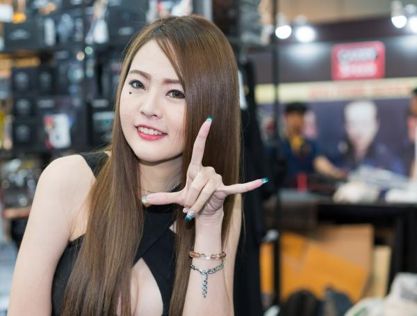 Beautiful-Thai-Asian-Girls-Models-Bangkok-Photo-Fair-2015-141