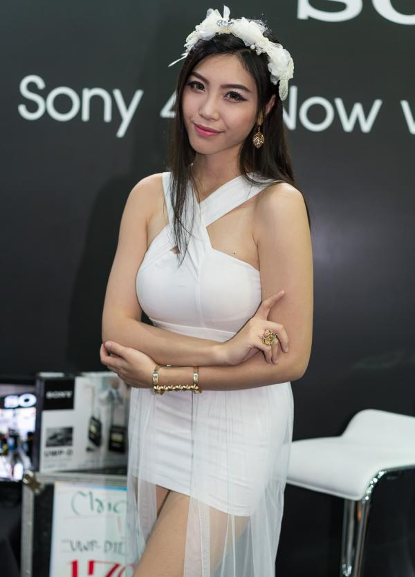 Beautiful-Thai-Asian-Girls-Models-Bangkok-Photo-Fair-2015-16