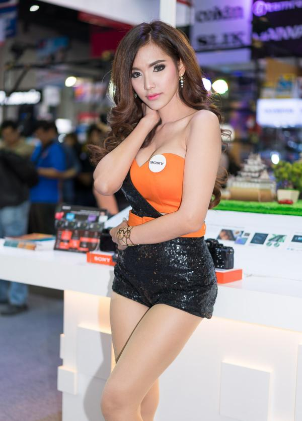Beautiful-Thai-Asian-Girls-Models-Bangkok-Photo-Fair-2015-23