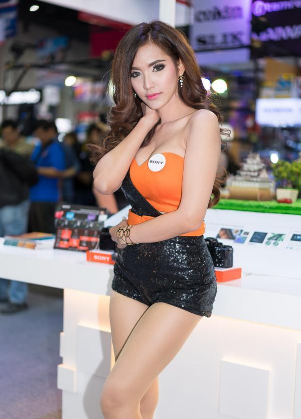 Beautiful-Thai-Asian-Girls-Models-Bangkok-Photo-Fair-2015-23