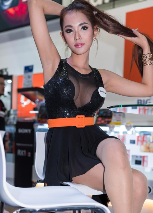Beautiful-Thai-Asian-Girls-Models-Bangkok-Photo-Fair-2015-26