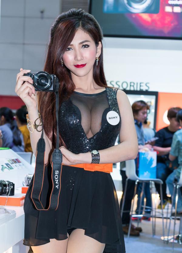 Beautiful-Thai-Asian-Girls-Models-Bangkok-Photo-Fair-2015-281