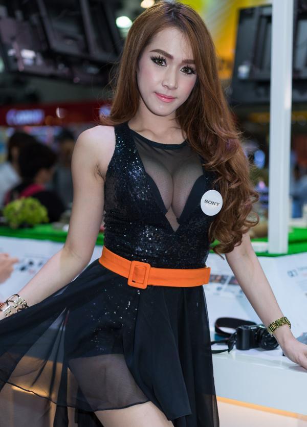 Beautiful-Thai-Asian-Girls-Models-Bangkok-Photo-Fair-2015-61