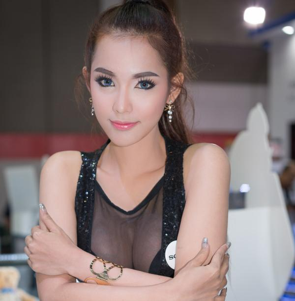 Beautiful-Thai-Asian-Girls-Models-Bangkok-Photo-Fair-2015