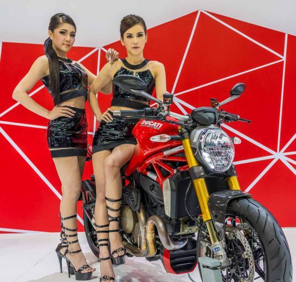 Models-Bangkok-Motor-Show-2014-IMPACT-Thailand-10