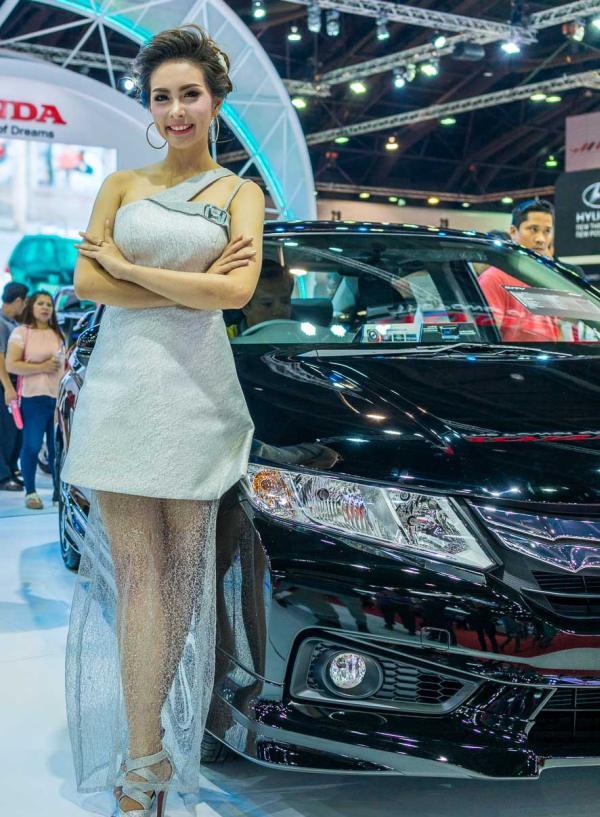 Models-Bangkok-Motor-Show-2014-IMPACT-Thailand-131