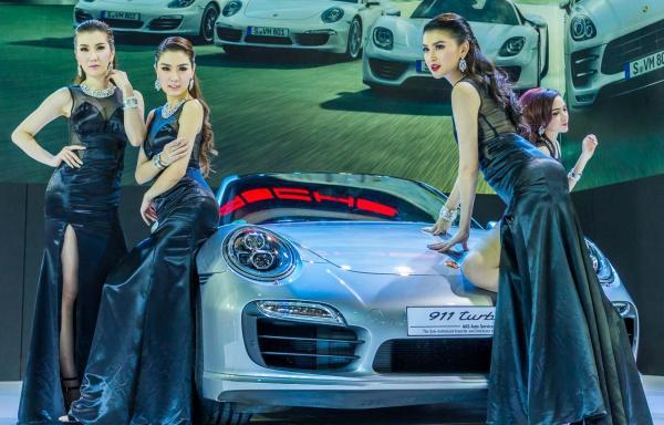 Models-Bangkok-Motor-Show-2014-IMPACT-Thailand-18