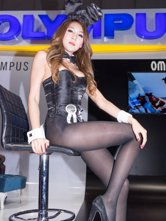 playboy-thailand-bunny-pretty-bangkok-photo-fair-2014-16