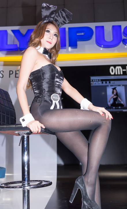 playboy-thailand-bunny-pretty-bangkok-photo-fair-2014-17